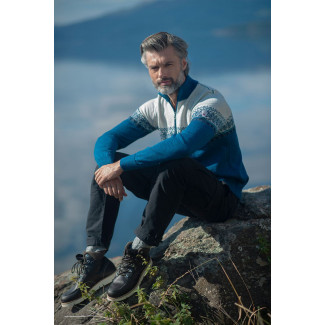 Hovden Masculine Sweater Turquoise